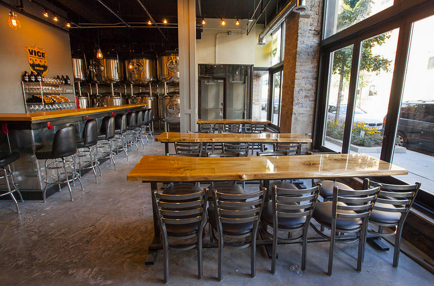 VICE DISTRICT TAPROOM - SOUTH LOOP  CHICAGO, IL