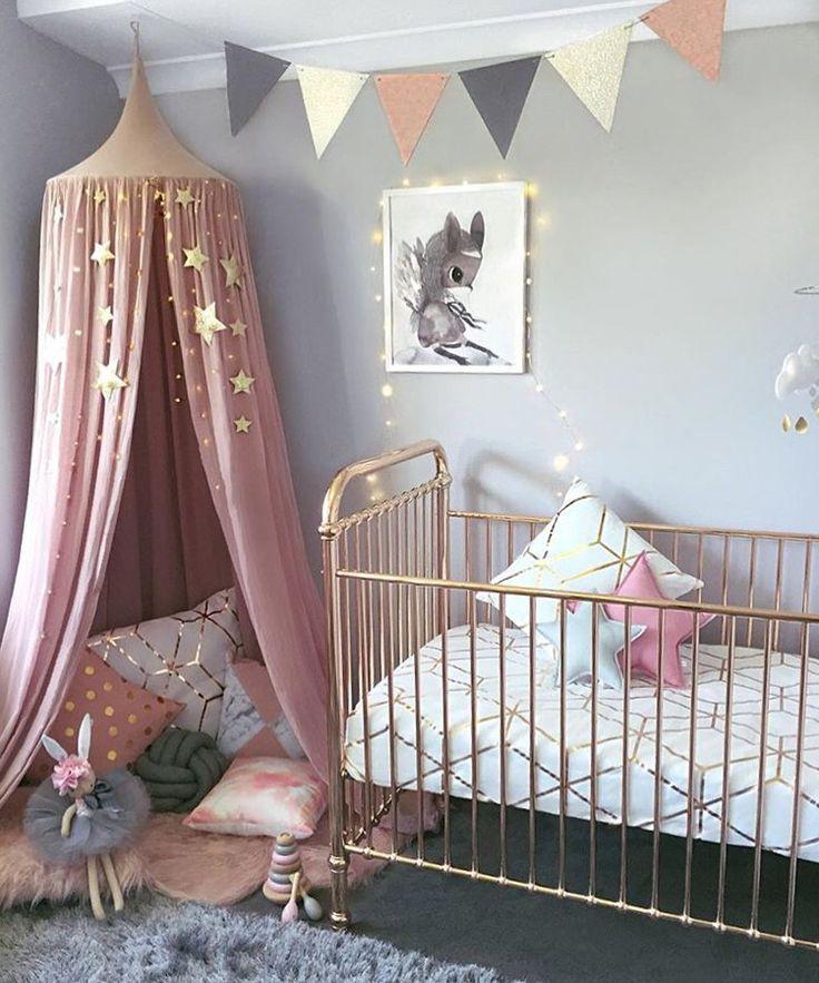 e98404868a4415cfbd659cd602aa49ee--girls-bedroom-girl-rooms.jpg