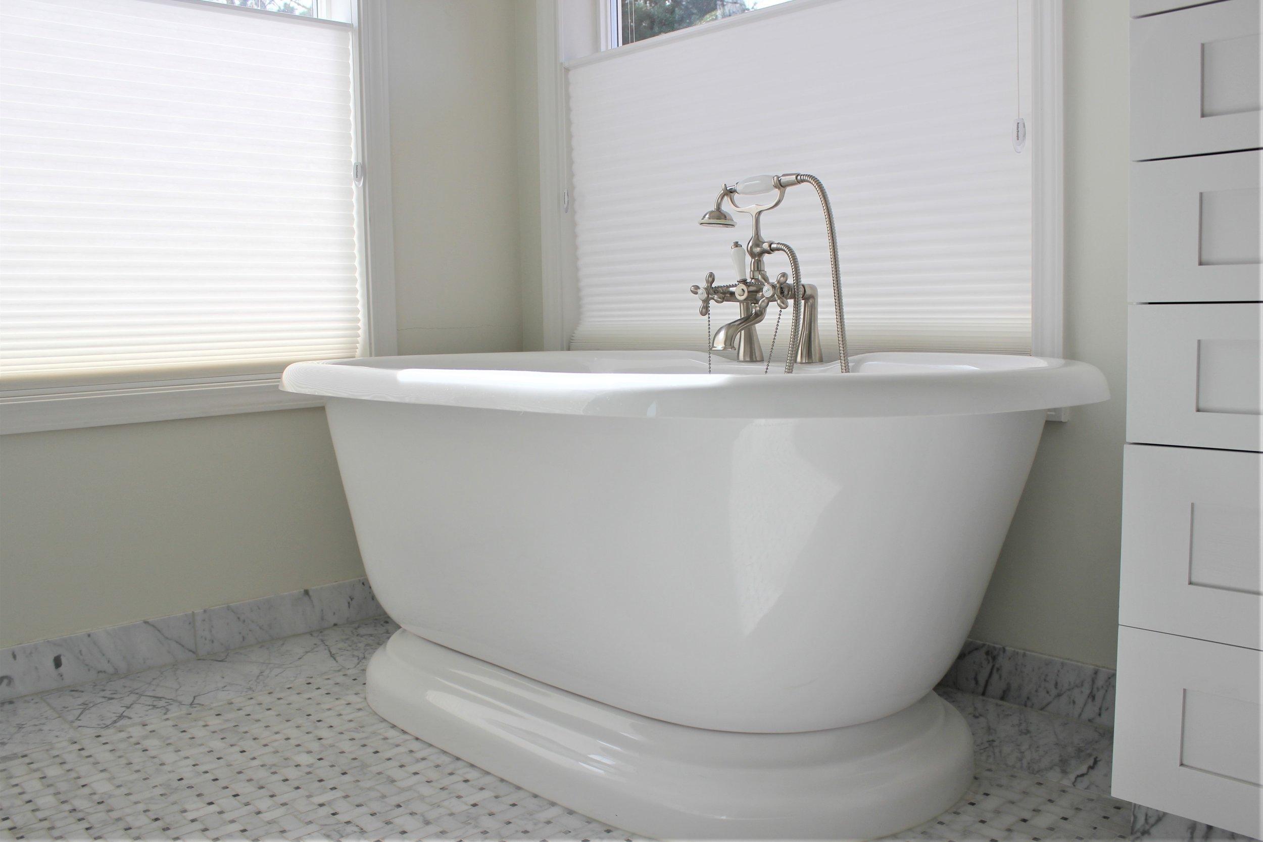 Houzz Bailey Bathroom5.JPG
