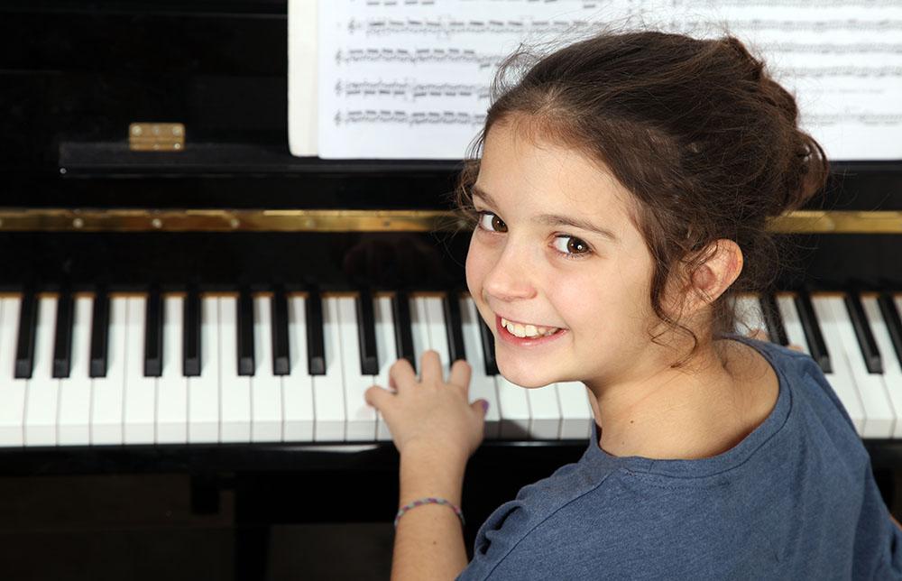 piano-466382251.jpg