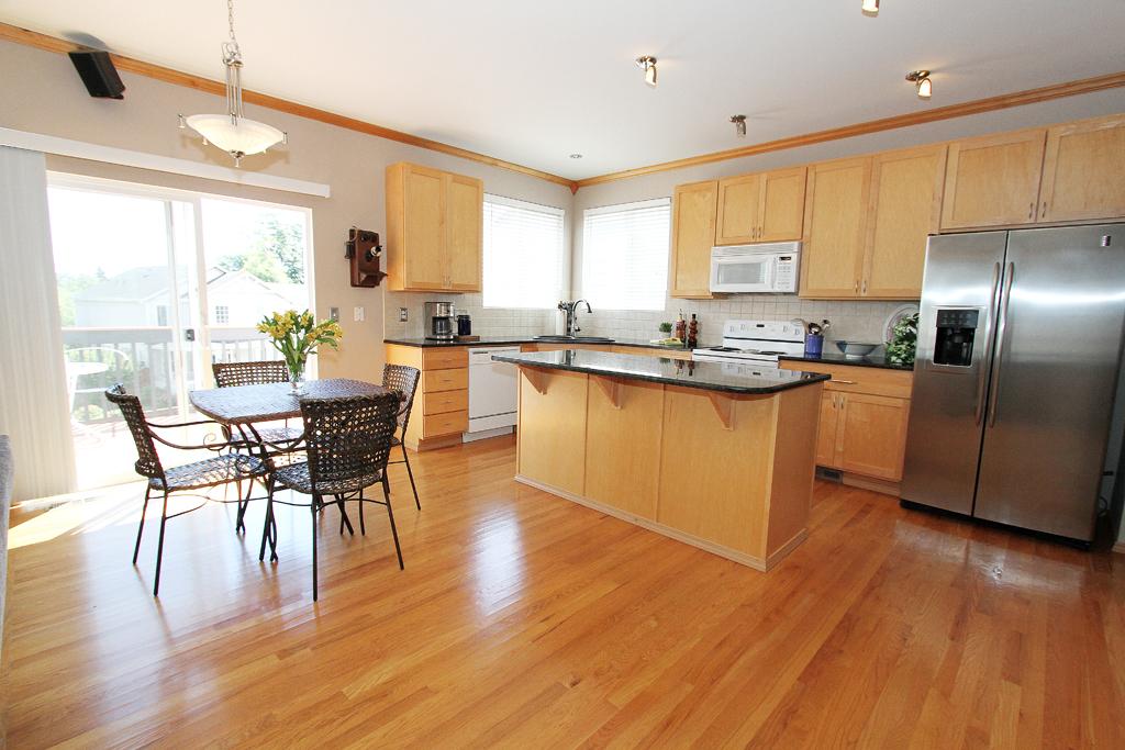 Kitchen MLS.jpg