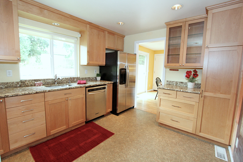 Kitchen 2 MLS.jpg