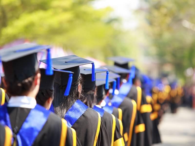 LWSD had six schools on the 2019 best high schools list. (Shutterstock)