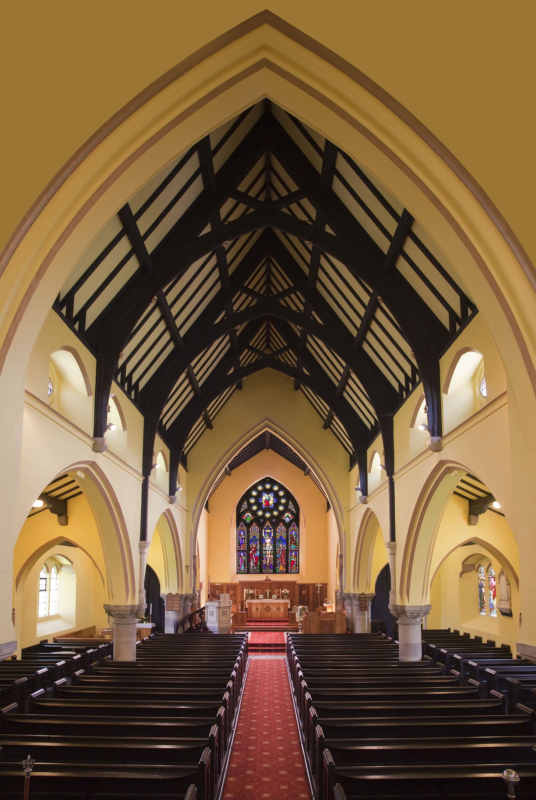 christ church denshaw interior.jpg