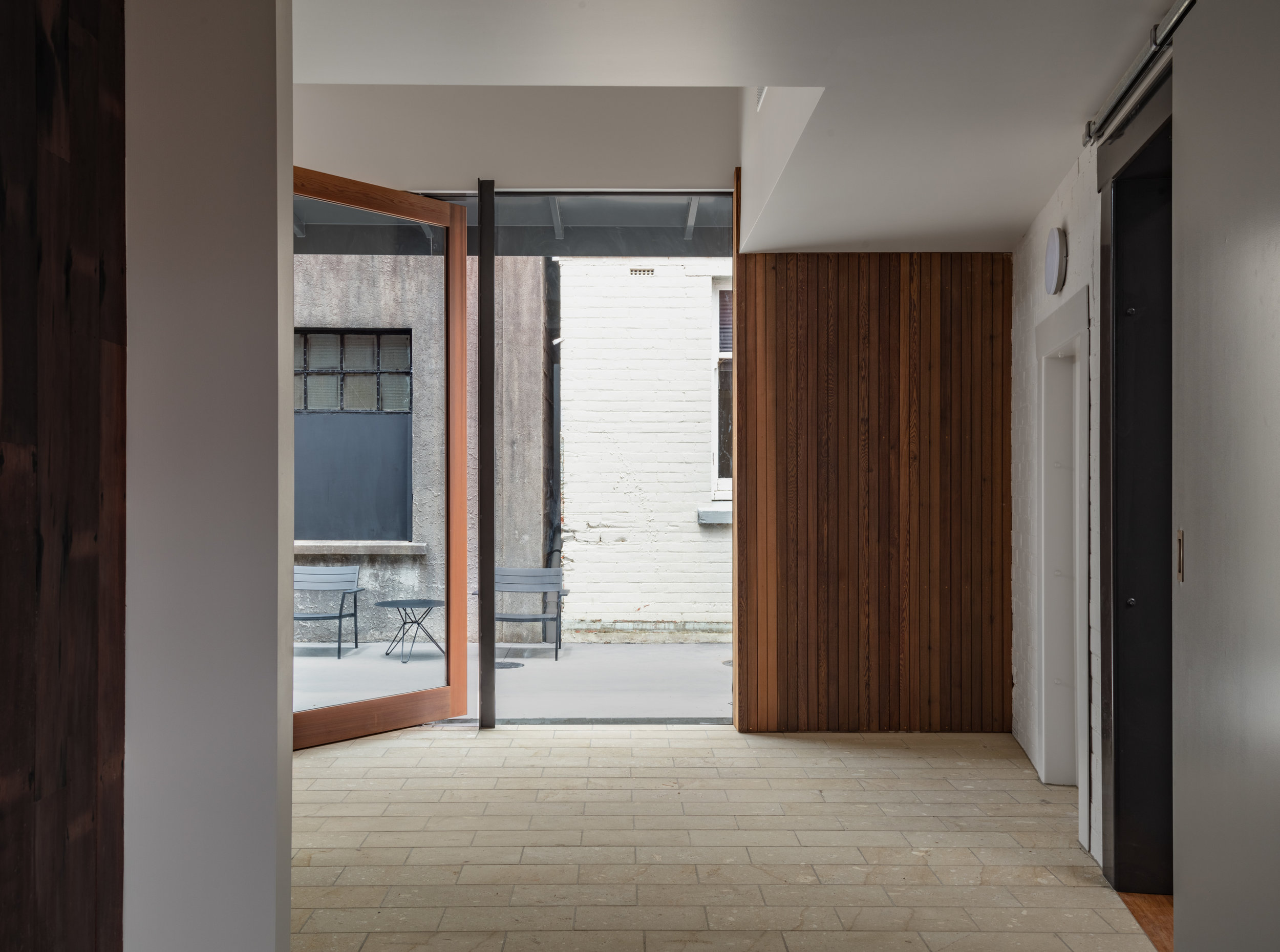Christopher Beer Architect-Laneway Office-5.jpg