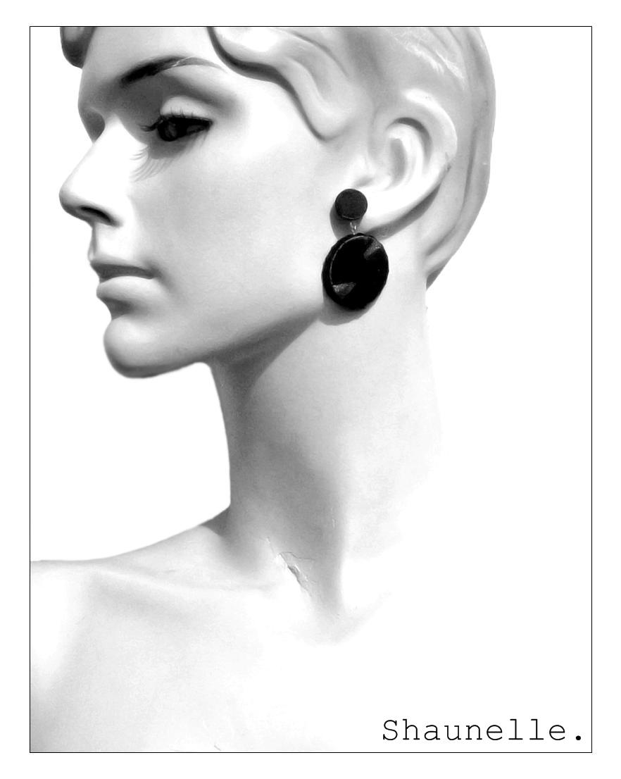 Punto Earring 3P logo.jpg