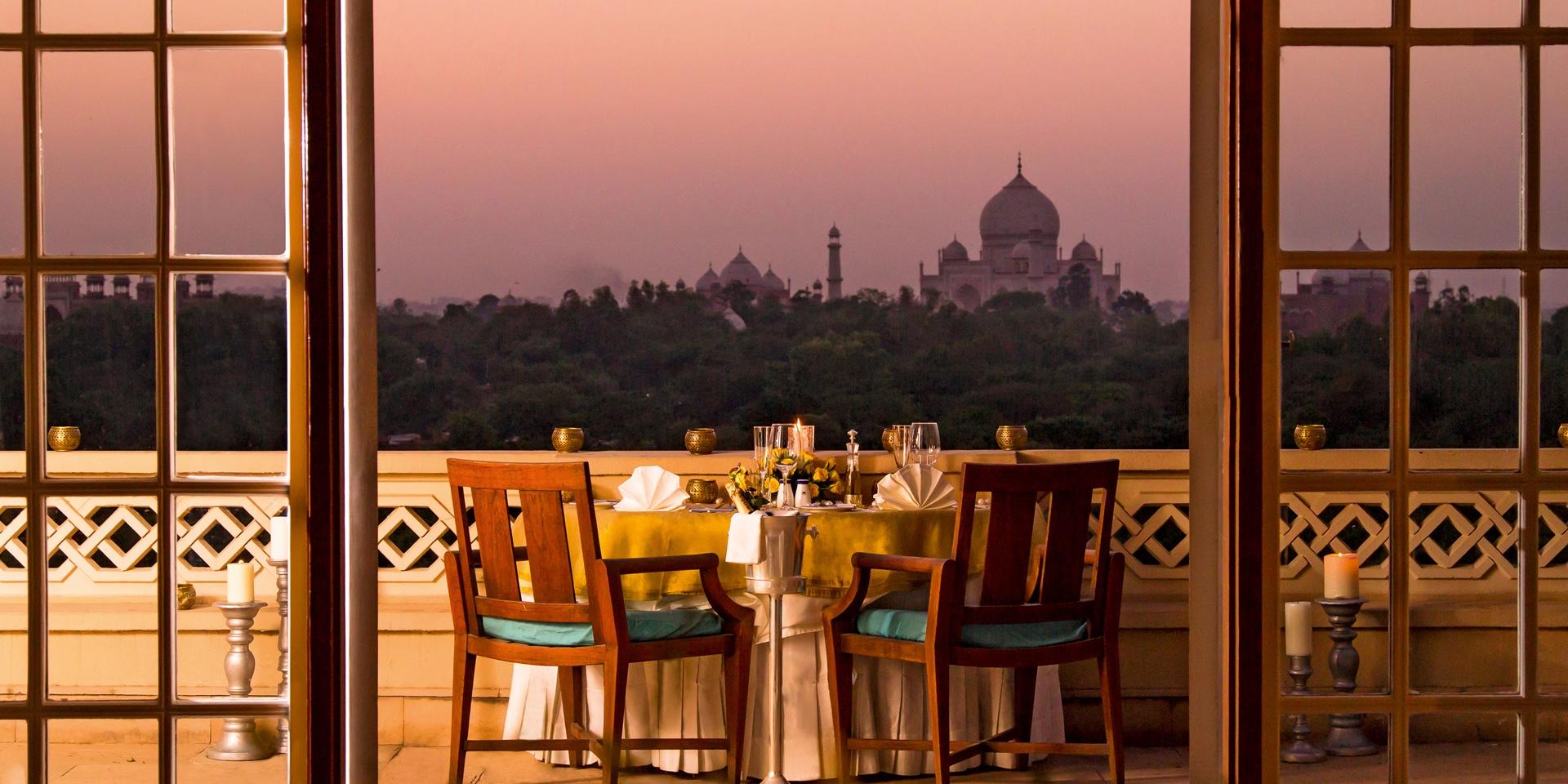 private-dining-balcony1.jpg