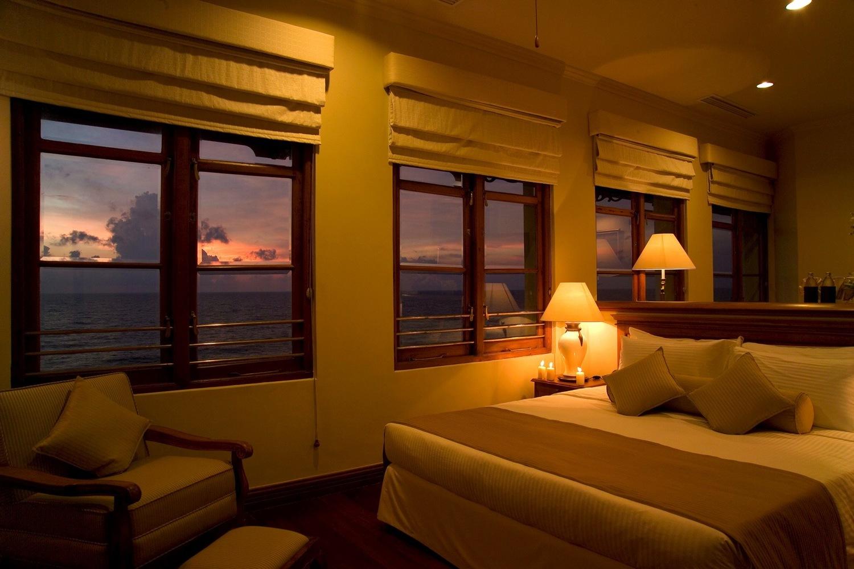 Room1007__oceanic_spa_suite.jpg