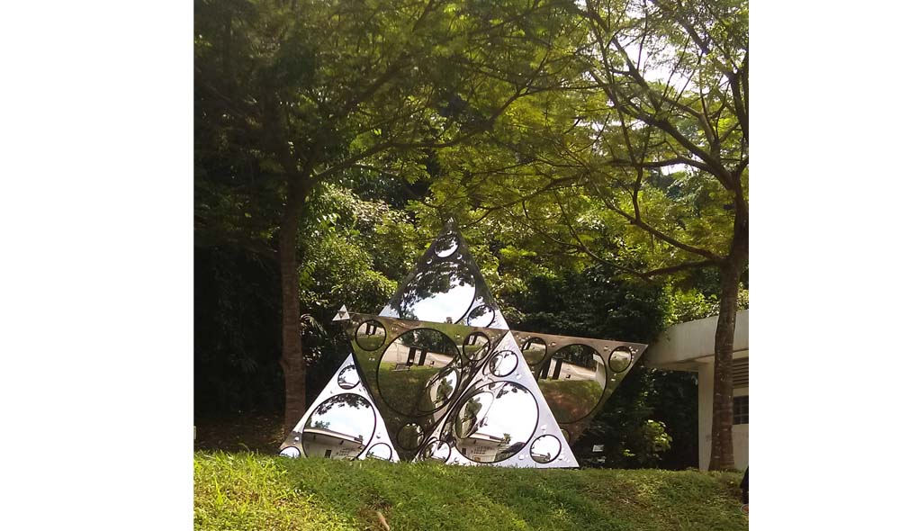 """Constellation of One , """"micro""""-version Stainless steel mirror  3.25 m x 3.25 m (10 ft x 10 ft)"""