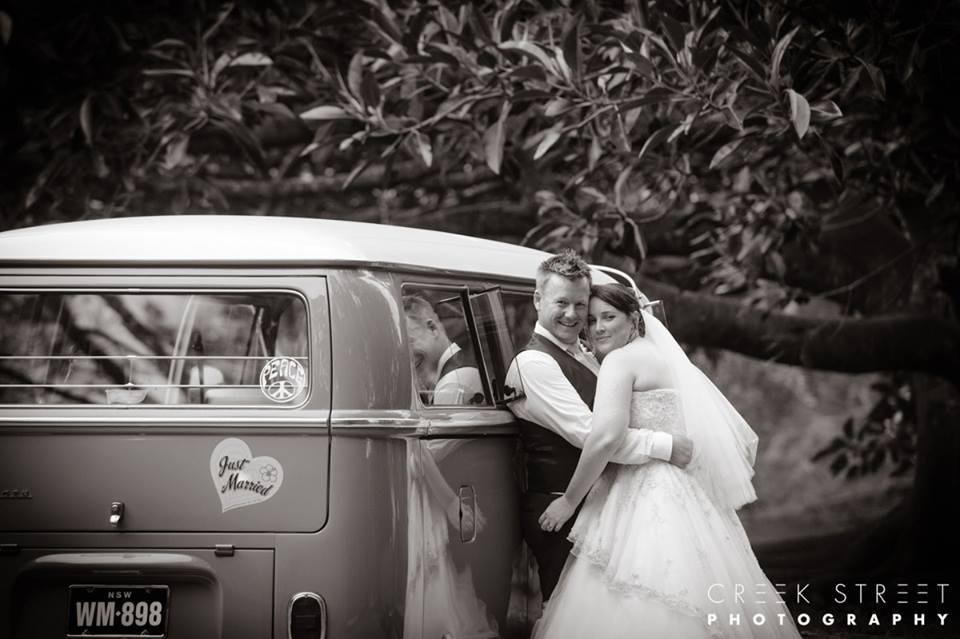 Jess and dave's special day was captured by creek street photography
