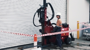 With its small size, the Dingo Ezi-Probe is great for drilling inside buildings and under canopies.