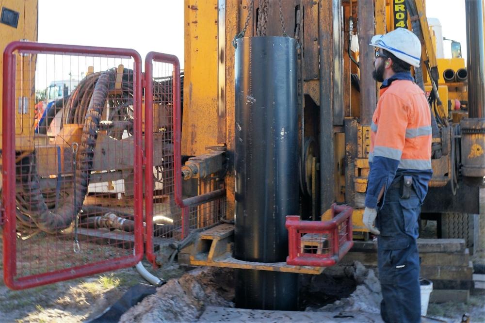 450mm Surface casing install Huneter Water.jpg