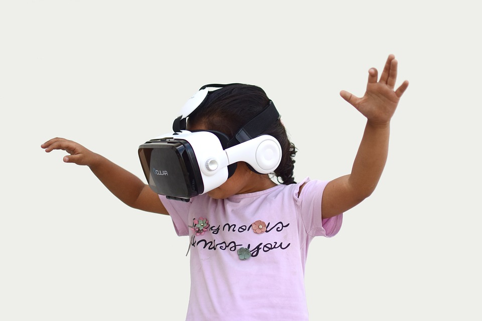 Users, including kids, greatly benefit from the imaginative interaction that VR provides.  Photo Credit: Pixabay