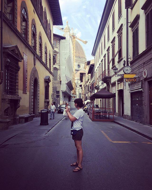 Italian street fashion 💁🏻♀️💅