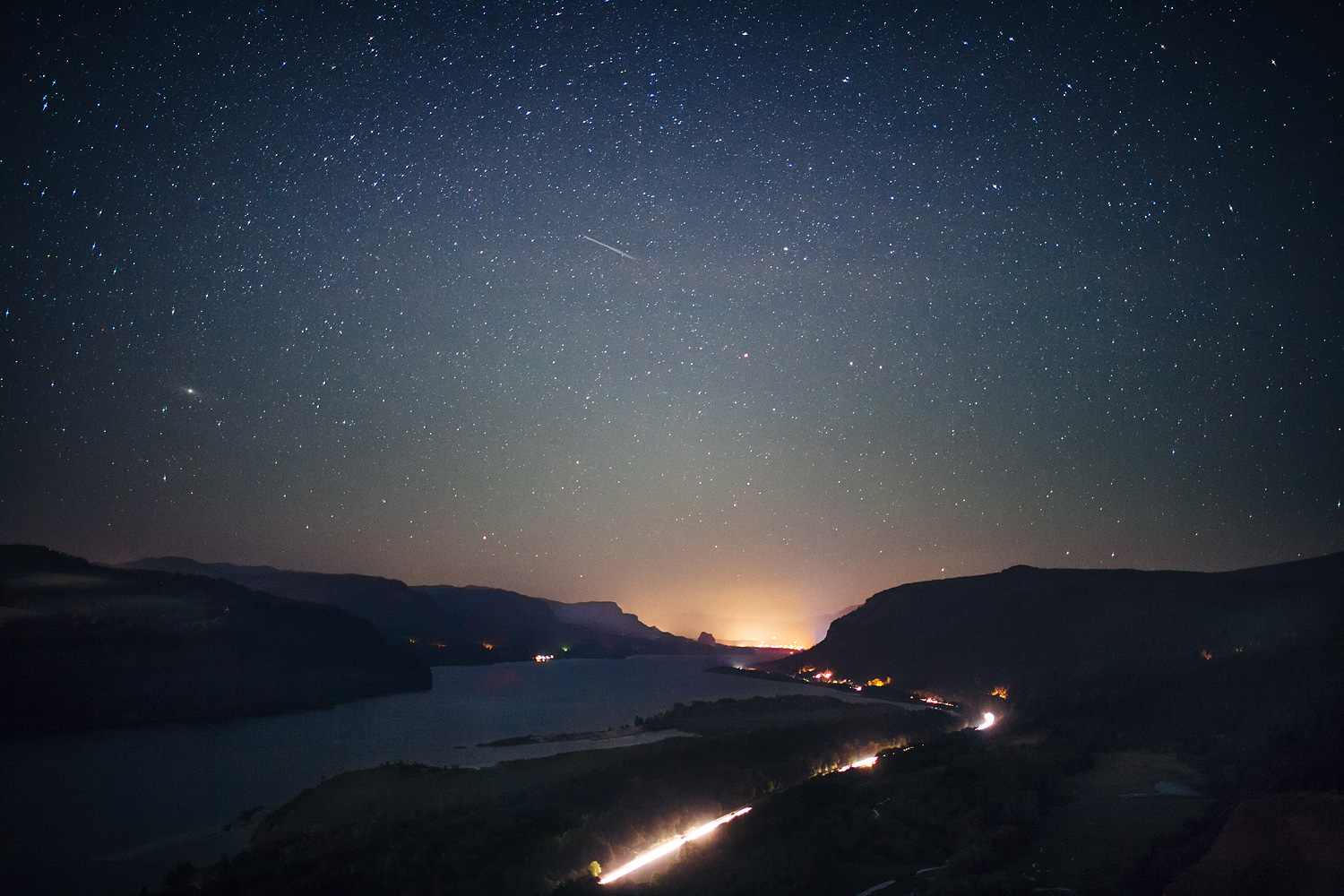 Shooting star above the Columbia River