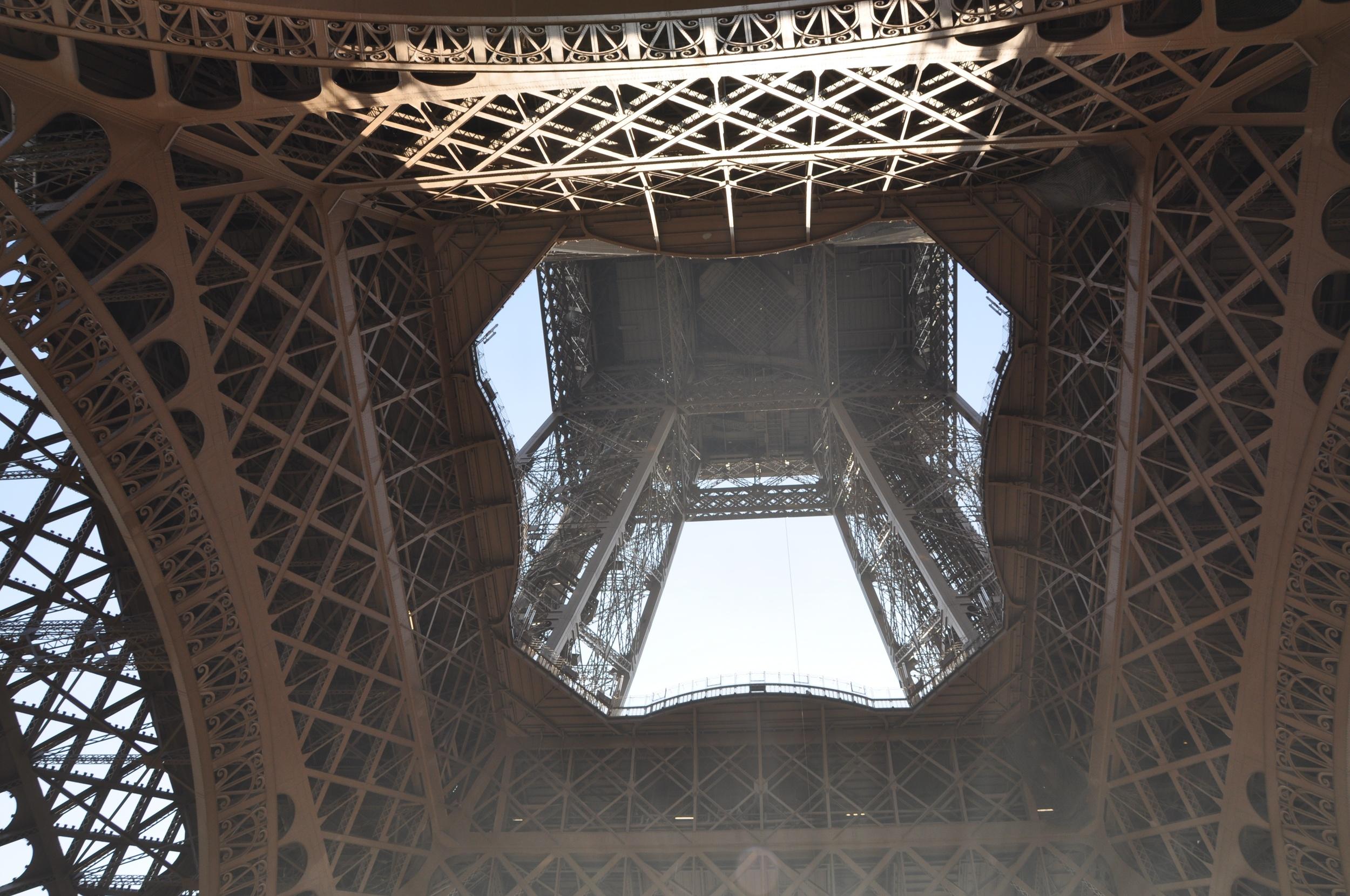 Eiffel Up