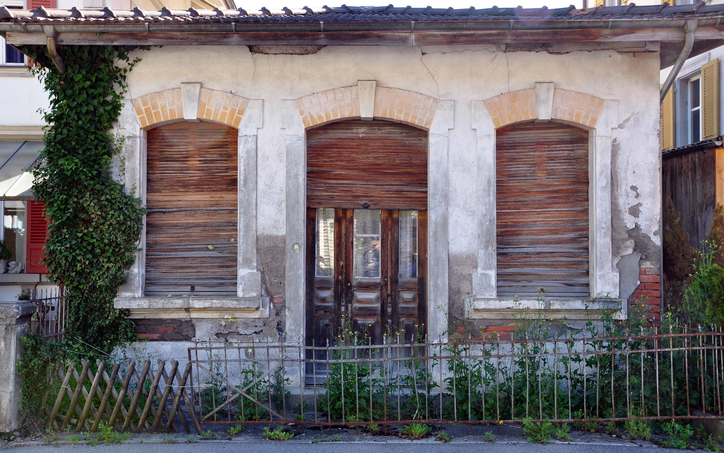 Abandoned home in Wilderswil