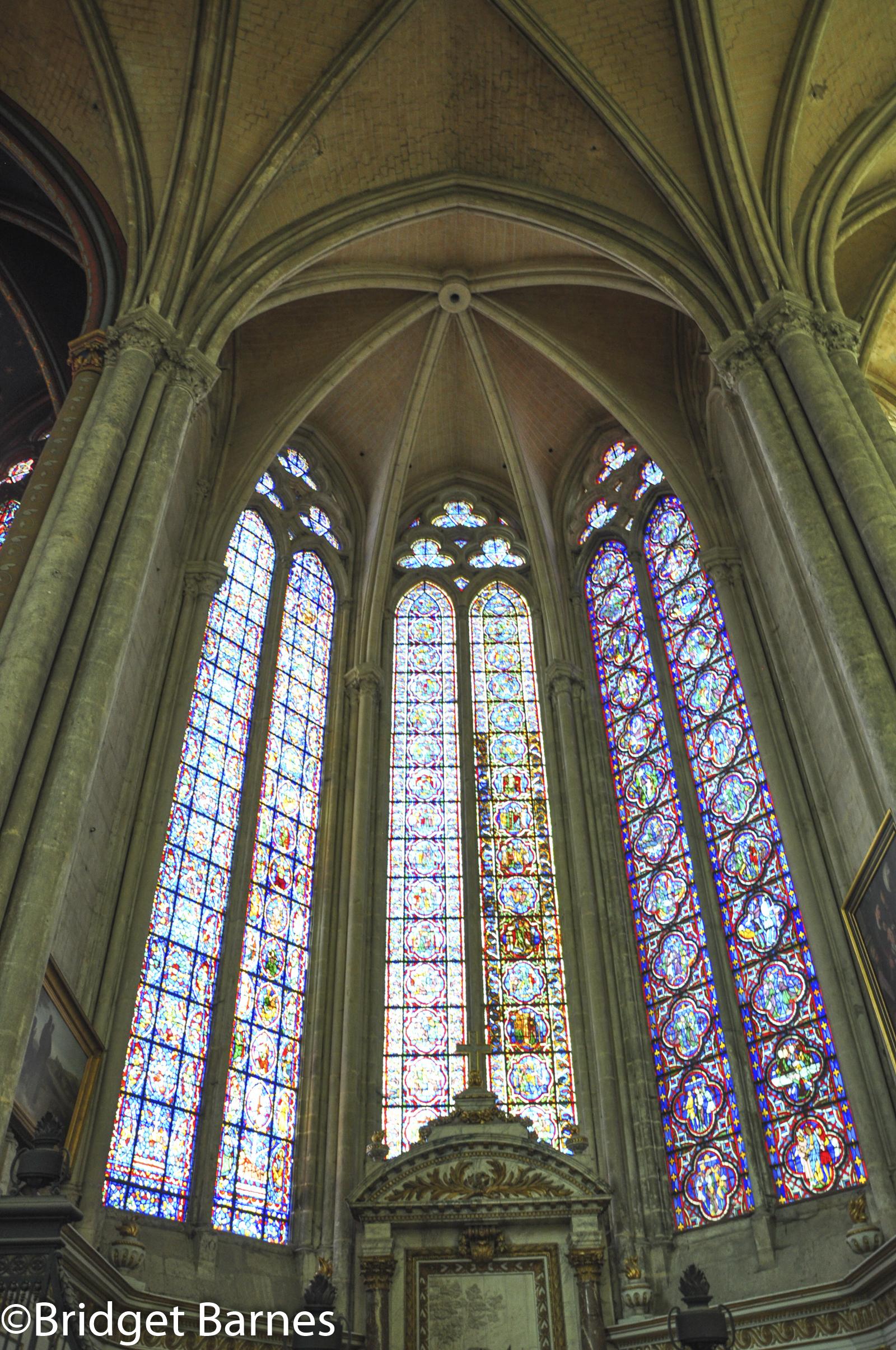 Cathedral Amiens 3.jpg