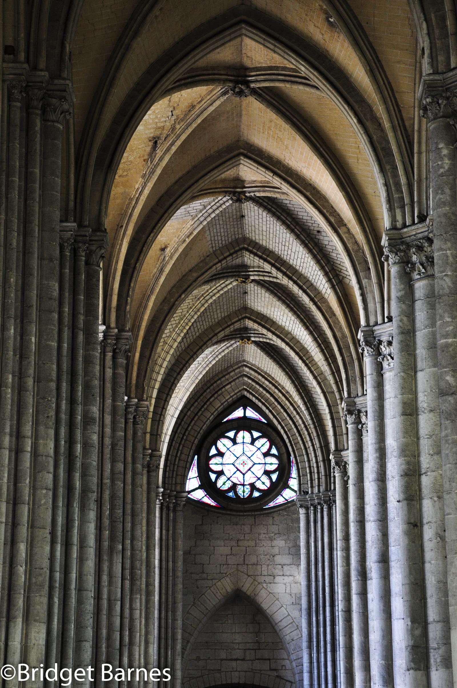 Cathedral Amiens 4.jpg