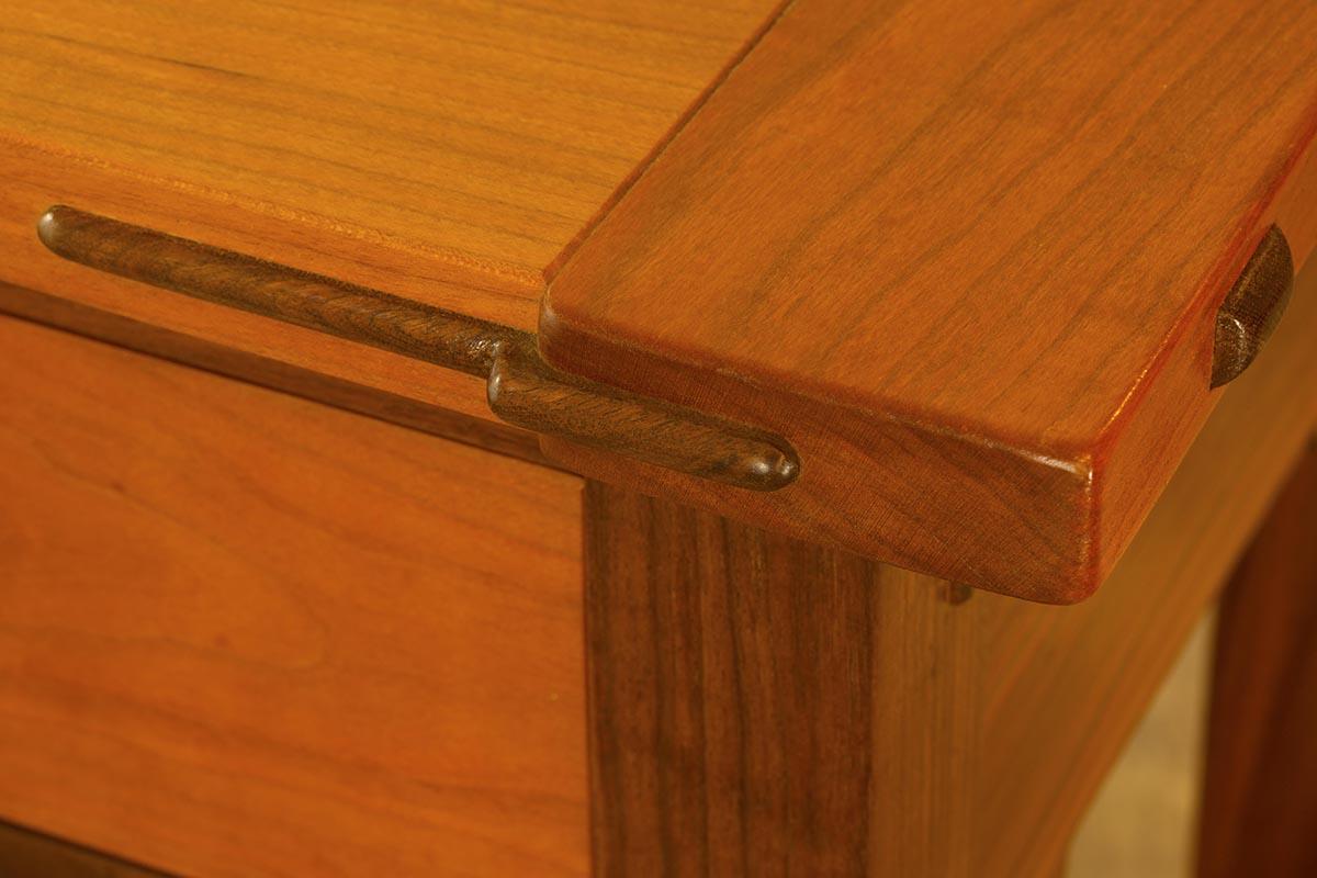 Bread Board End Detail & Spline