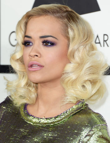 rita-ora-grammys-2014-hair-makeup-purple-eyeshadow-w352.jpg