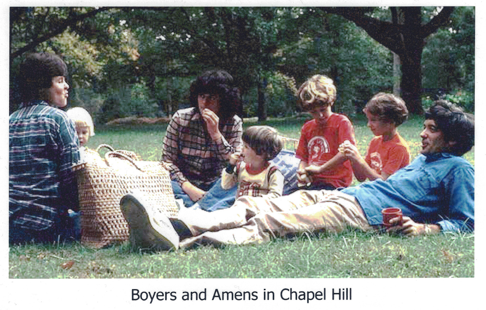 32-Boyers-&-Amens-in-Chapel-Hill_1600px_1920px.jpg