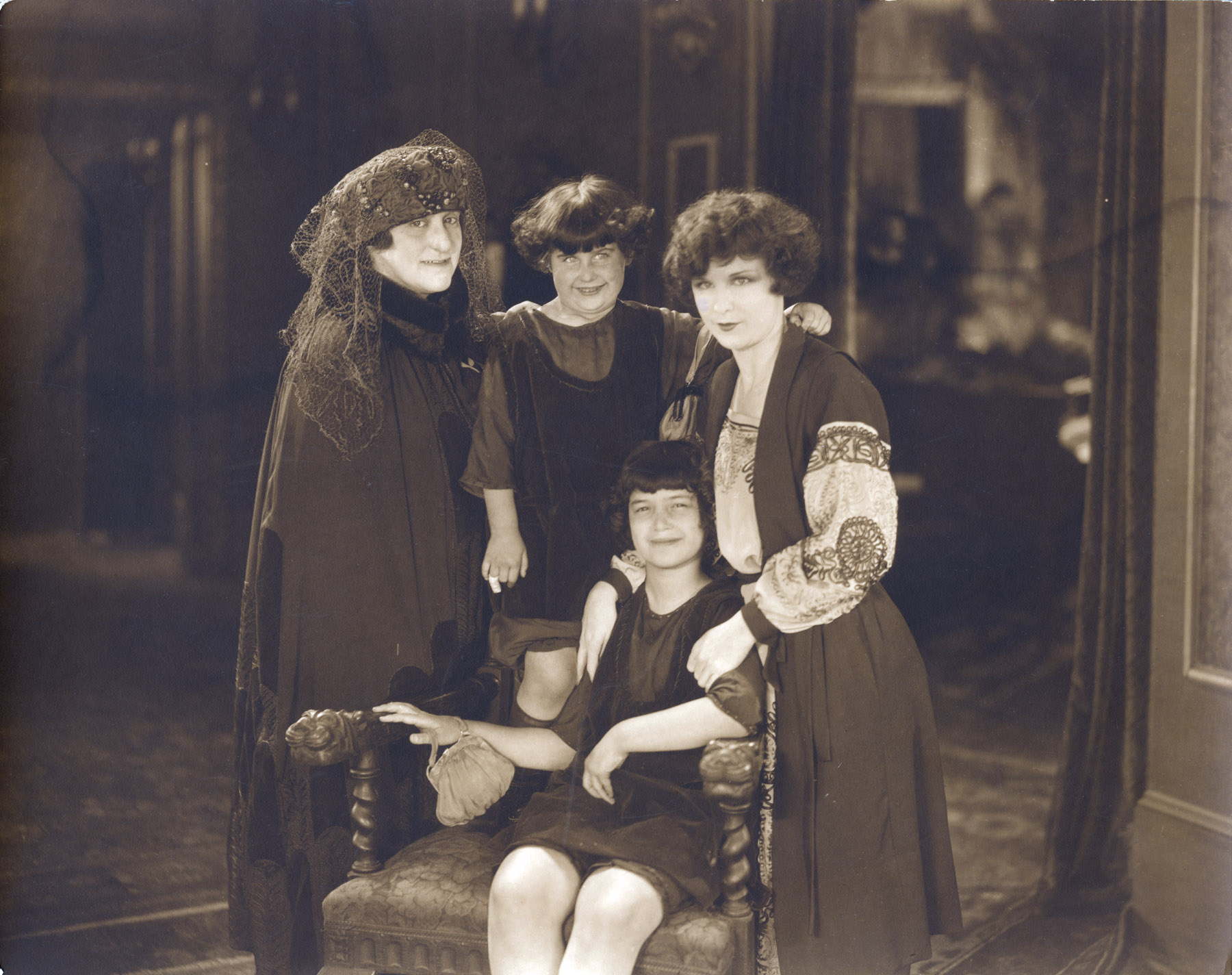 Tina, Ruth, Bernice, Shirley Mason at Fox Studios, Hollywood (1921)
