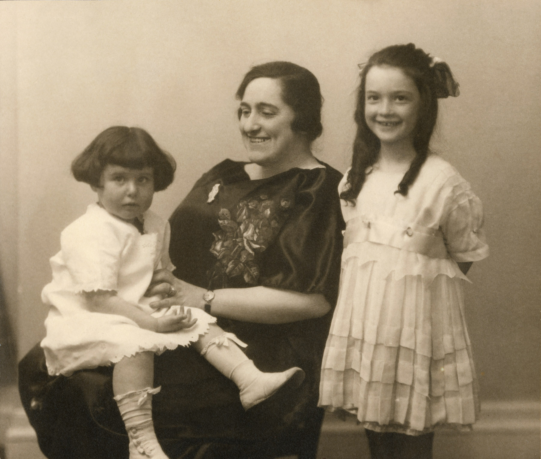 Ruth, Tina Fried, Bernice (c. 1919)
