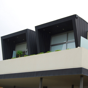 BEACH ROAD, BLACK ROCK   INTERLOCKING express panels