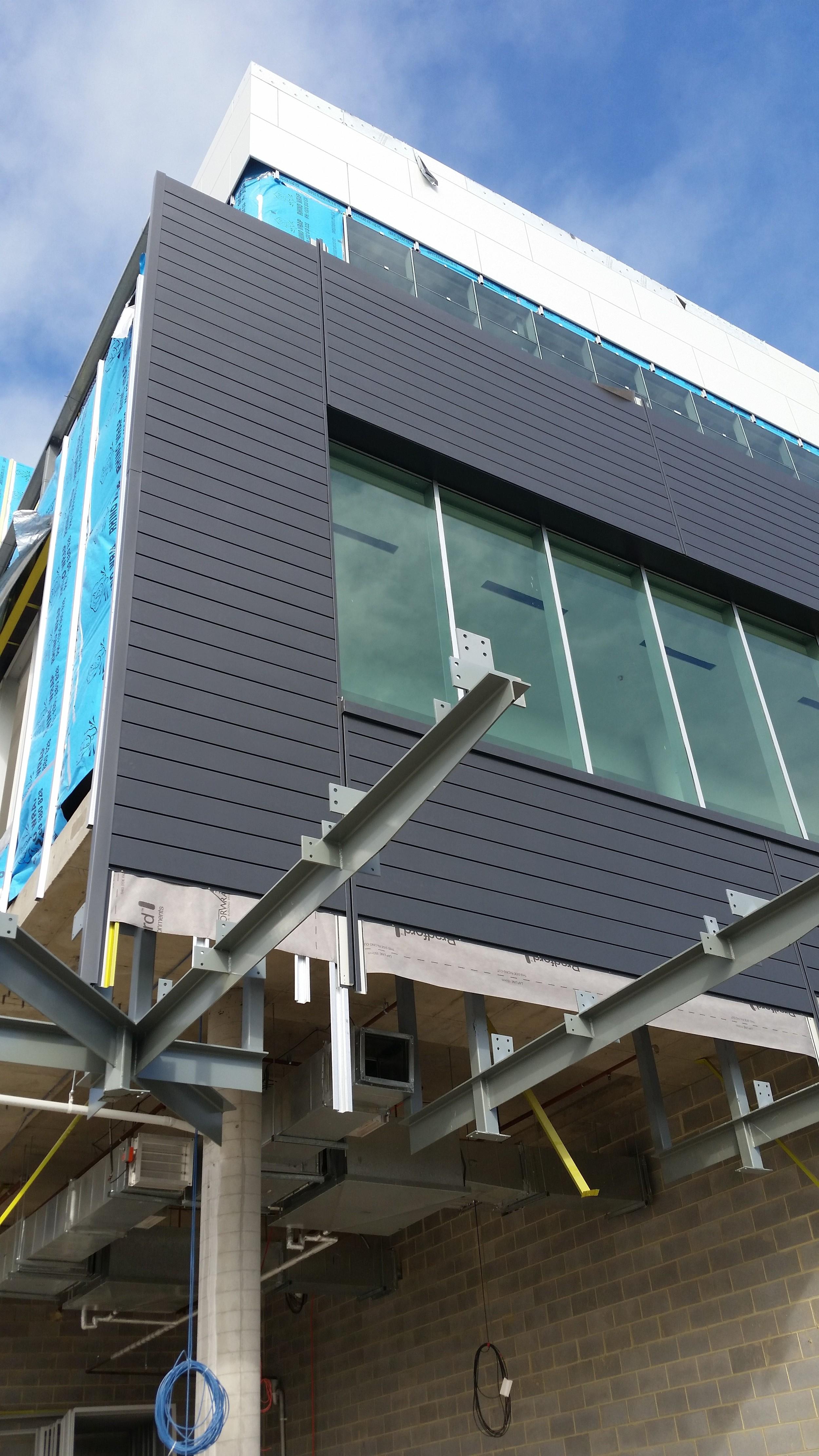 PVDF Aluminium Naturel - Colour Charcoal Black - Horizontal Express Panels