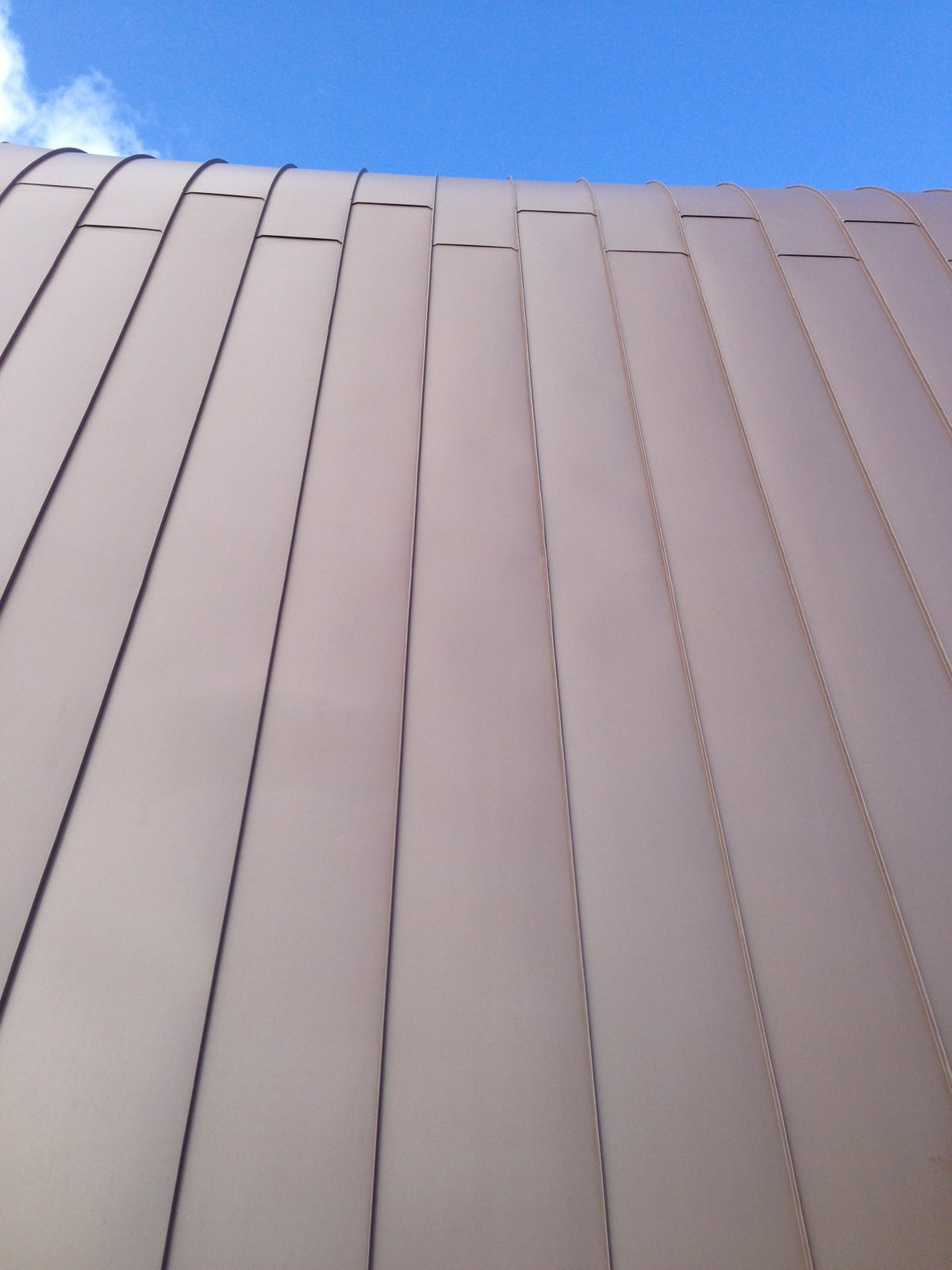Aspendale Residence - Standing Seam Zinc Cladding - Staggered Joints