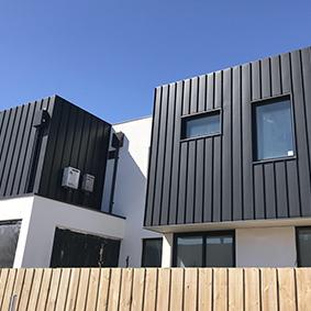 Black rock residence, vic PVDF satin blACK ALUMINIUM