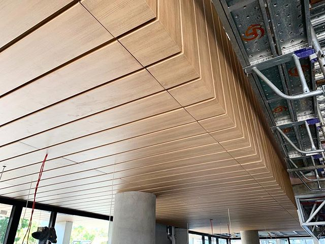 Details ✔️ Mitred Express @covet_international Kareiro Aluminium to soffits and void. #archclad #cladding #wallcladding #metalcladding #wood #woodcladding #aluminium #design #designer #mitred #building #built #architecture #architect #construction #ideas #materials #australiandesigner #nsw #sydney