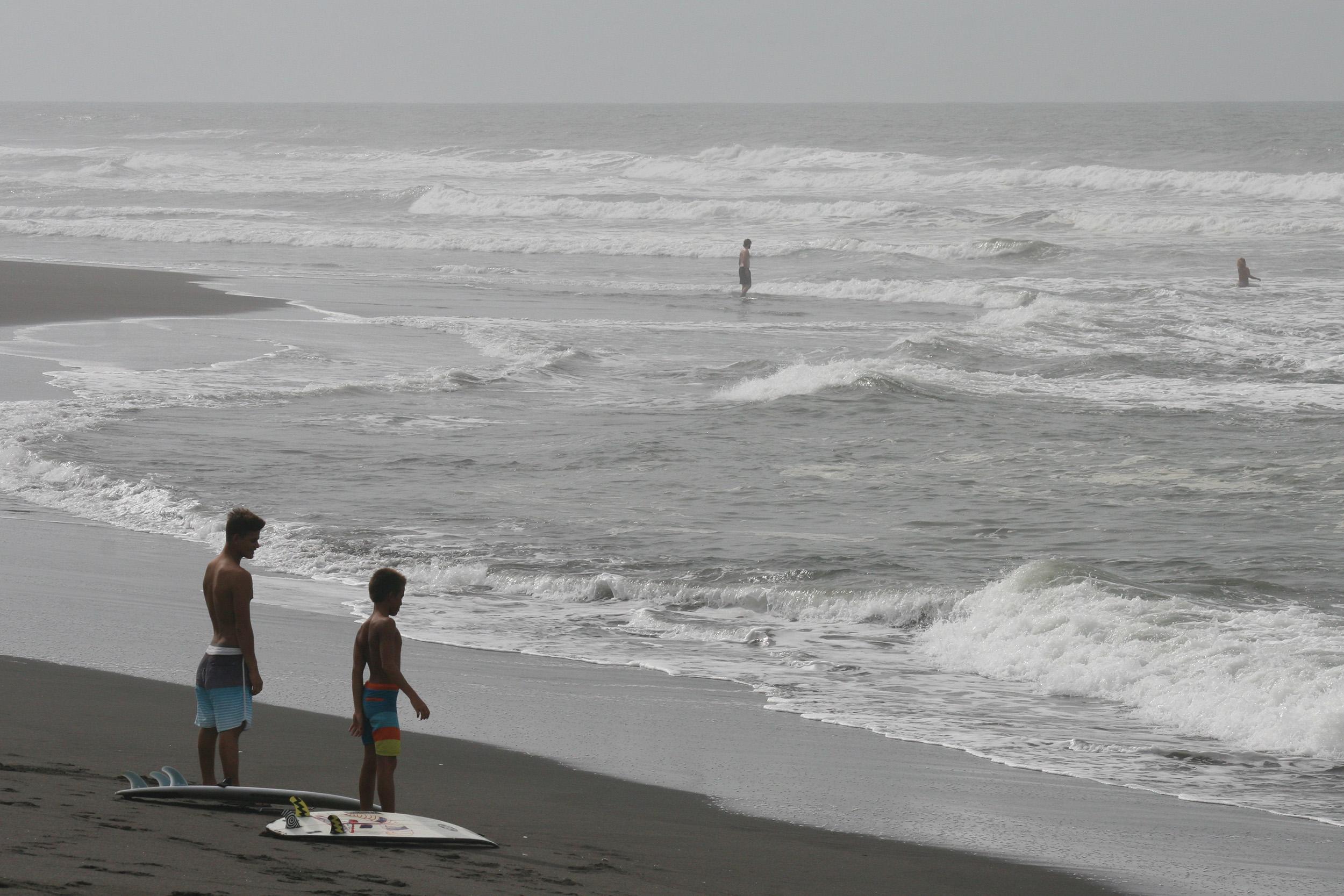 Christian-Surfers-Guatemala-2.jpg