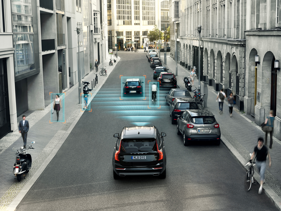 150670_Volvo_XC90_City_Safety.png