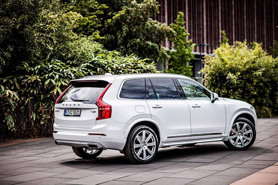 163009_Volvo_XC90.png