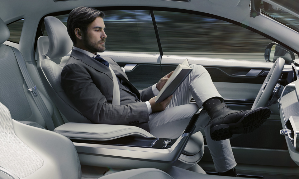 169558_Volvo_Concept_26.png
