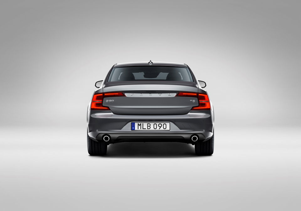 170935_Volvo_S90.png
