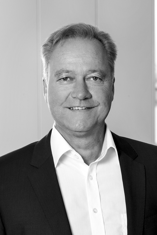 Geschäftsstellenleiter   Oliver Faber  Tel.: (0951) 9 66 06-11 eMail:  o.faber@fabermobil.de