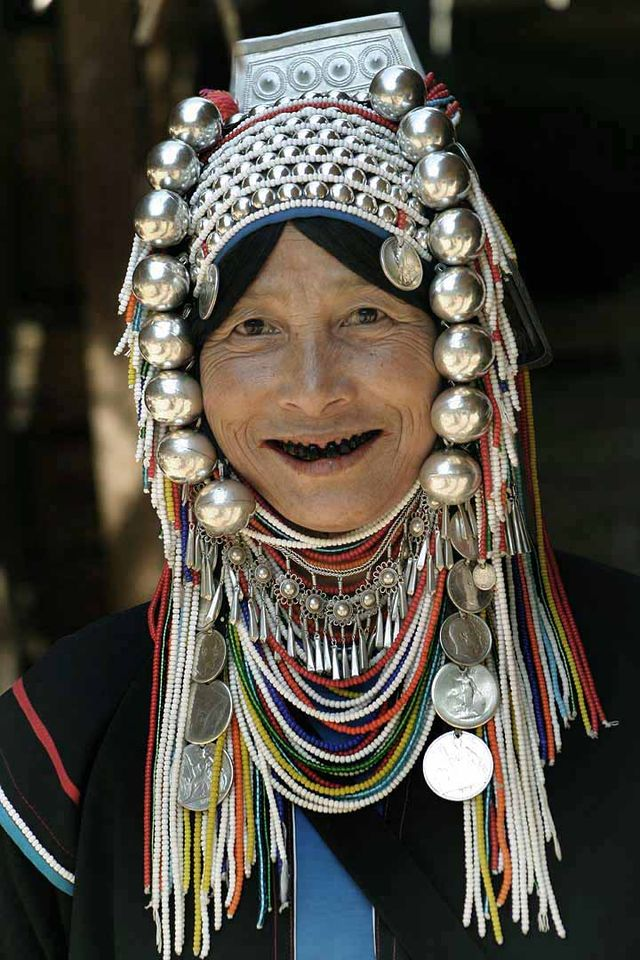 """Akha Woman"" by Original uploader was Kborland at en.wikipedia - Transferred from en.wikipedia/ [1]. Licensed under CC BY 2.0 via Wikimedia Commons"