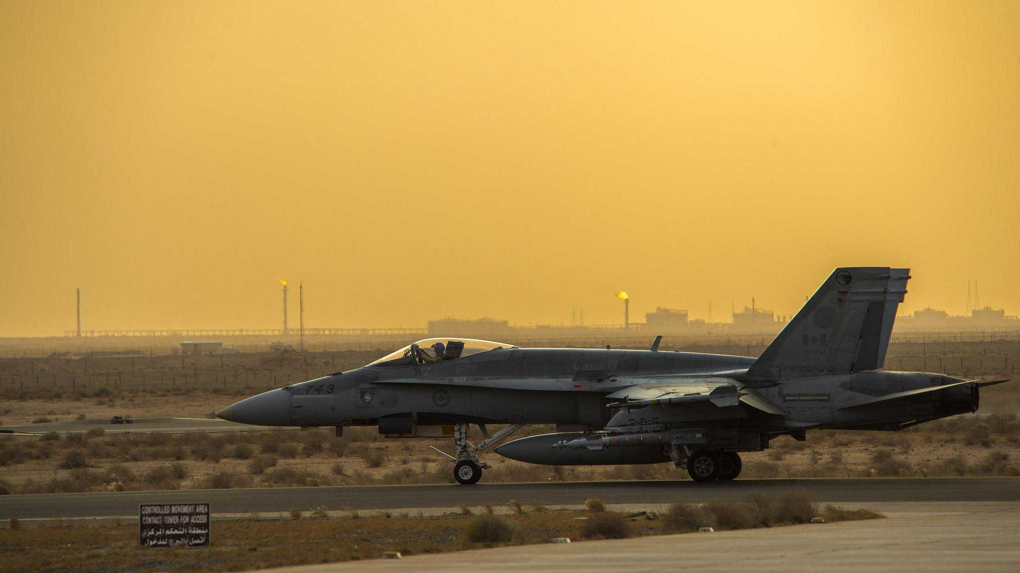 A Canadian CF-18 18 Hornet in Kuwait.
