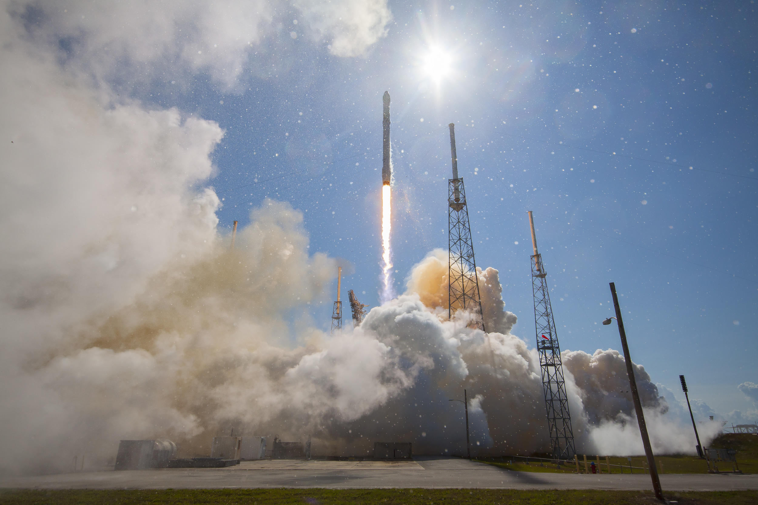 On Tuesday, April 14, 2015, SpaceX's Falcon 9 rocket and Dragon spacecraft lifted off from Launch Complex 40 at Cape Canaveral Air Force Station in Florida. The SpaceX CRS-7 was not so lucky, exploding during liftoff on June 28. (SpaceX photo).