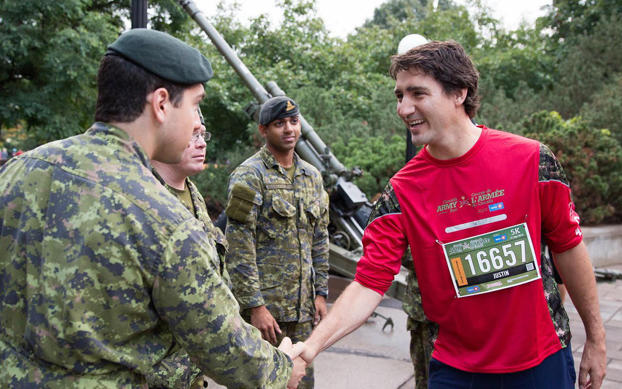 Justin Trudeau greets soldiers during the Canada Army Run in Ottawa, 2014. (Liberal Party)
