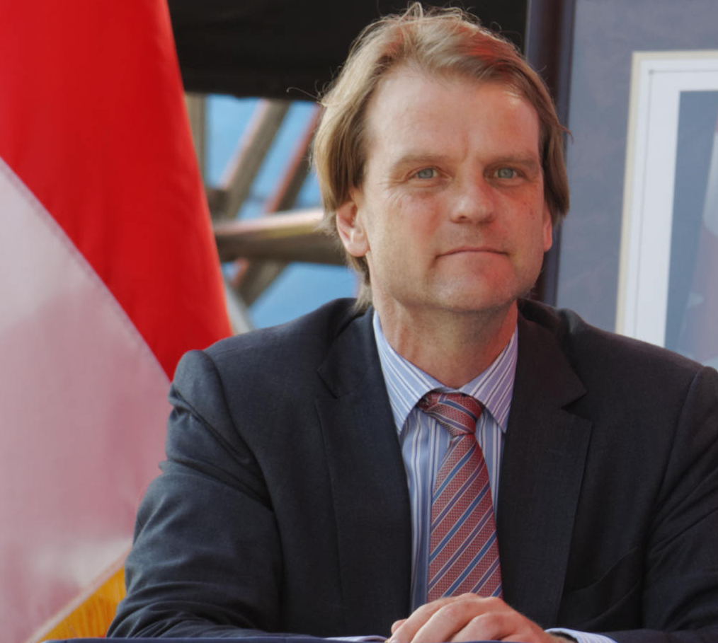 Immigration Minister Chris Alexander dismisses the migrant crisis in Europe. (wikipedia)