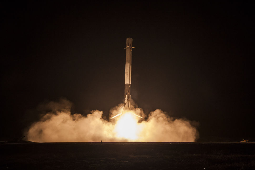 Landing of first stage of SpaceX's Falcon 9 on December 21, 2015. (spacex.com)