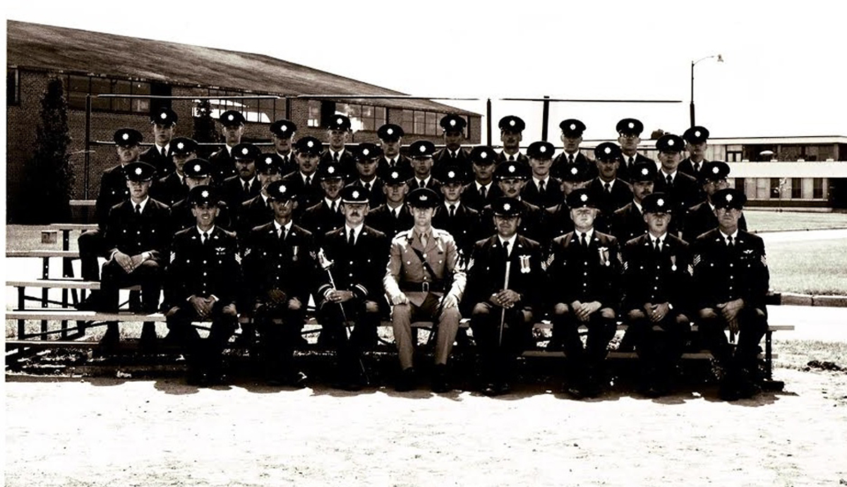 Author Frank Reid`s course graduation photo, with his British exchange officer (front row, centre). This was taken before the 1st Battaliion of the Royal Canadian Regiment was deployed to Cyprus in December 1974. (Frank Reid)