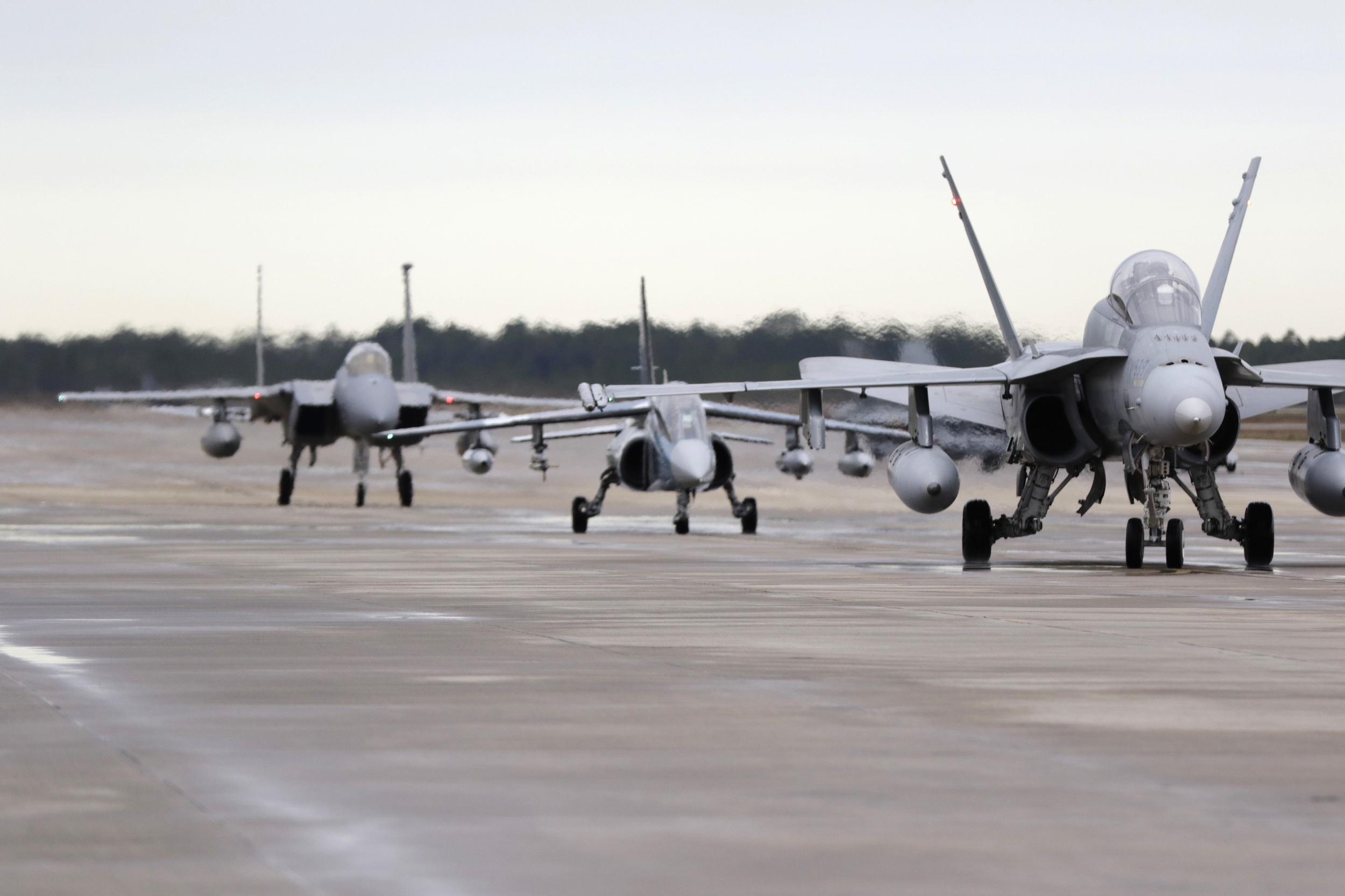 In January 2016 Discovery Air Defence deployed its Alpha Jets and pilots to Tyndall Air Force Base, Florida, on a three-week deployment with Royal Canadian Air Force CF-18s. The Alpha Jets executed numerous Red Air missions, providing dissimilar air combat training for CF-18, F-22, F-35, and F-15 aircrews as part of Exercise COMBAT ARCHER. (DA DEFENCE)