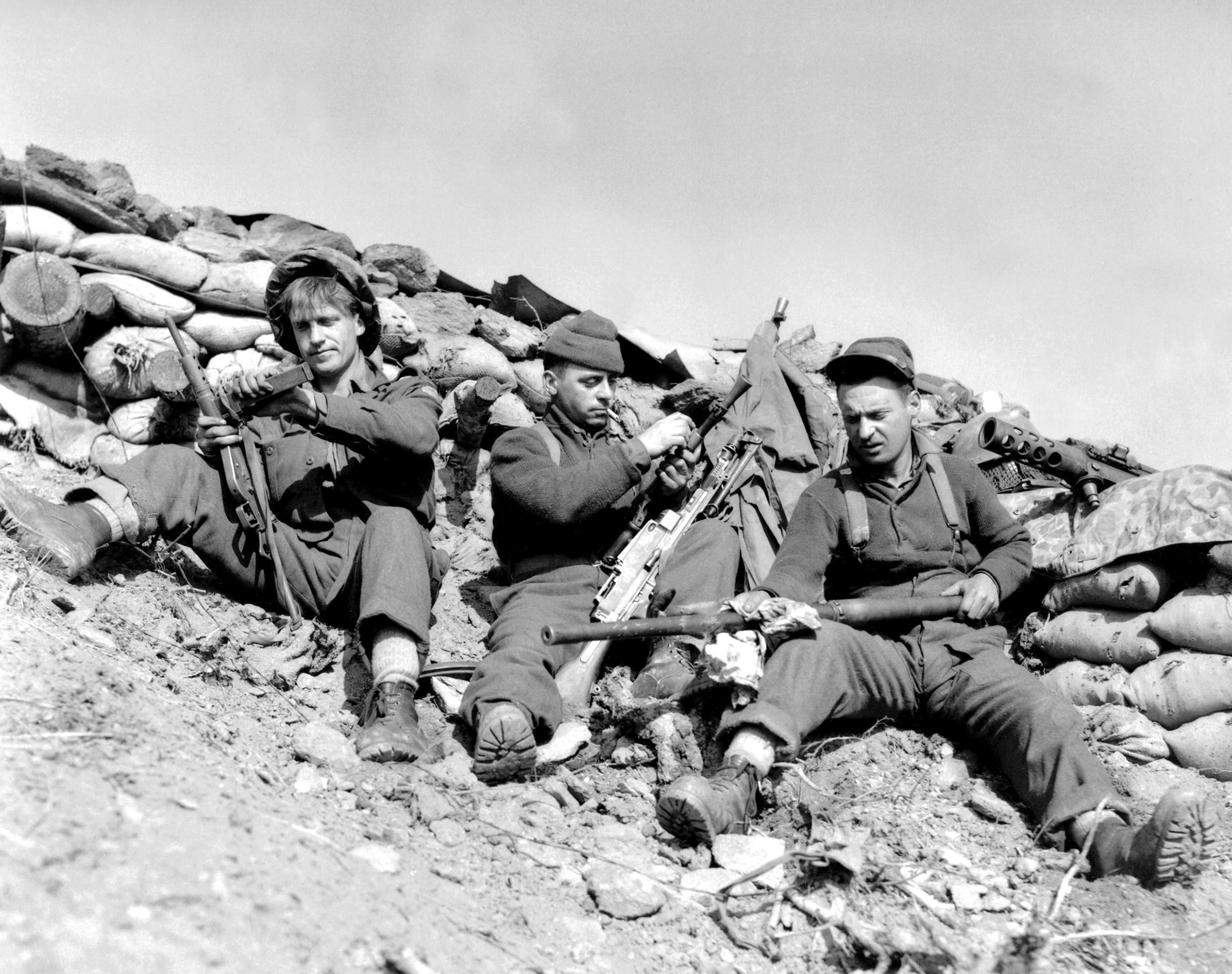 Between 1950-53, over 26,000 Canadian soldiers, sailors and airmen fouight in the Korean War; of those, 516 gave their lives. (library and archives of Canada)