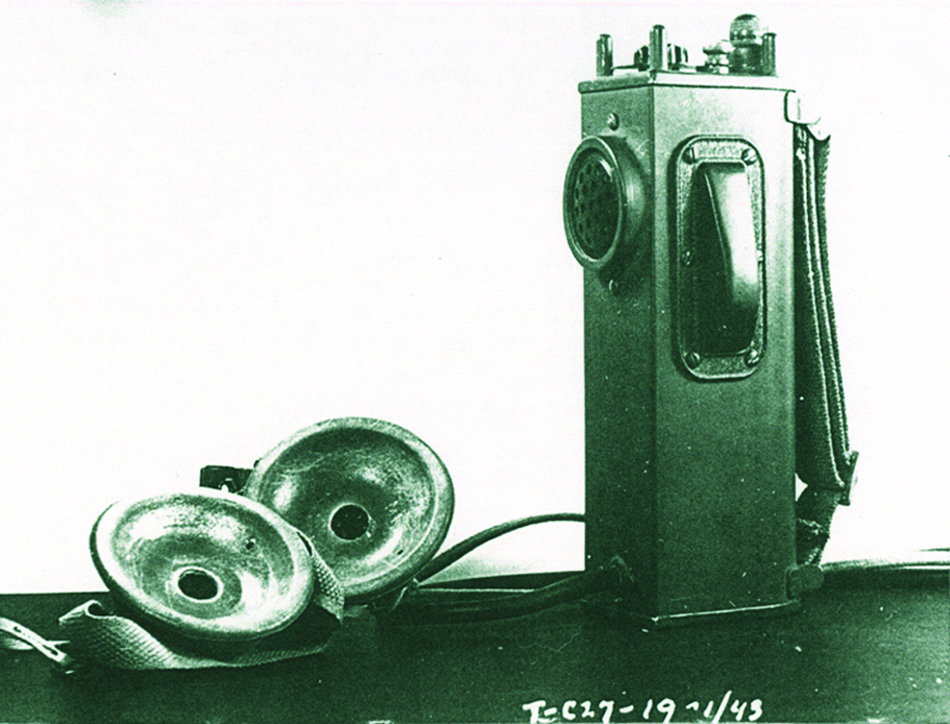 Perspective NRC 2 Walkie talkie 1943.jpg