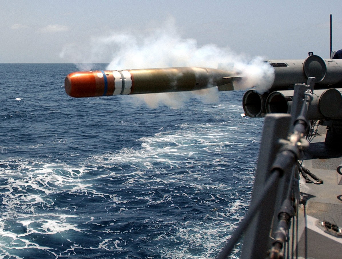 The Mk 46 torpedo, first introduced in 1965, is a surface ship and aircraft-launched anti-submarine weapon. It is presently identified as the NATO standard and has been acquired by more than 25 countries, including Canada. Various modifications, including improved acoustics, guidance and control upgrades, and countermeasure-detection capability have been introduced into the weapon. (seaforces.org)